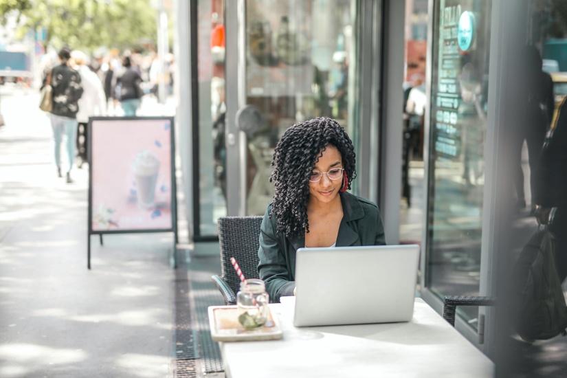 Wie du Gewohnheiten ändern kannst & 10 finanzielle Gewohnheiten, die du zurücklassen solltest